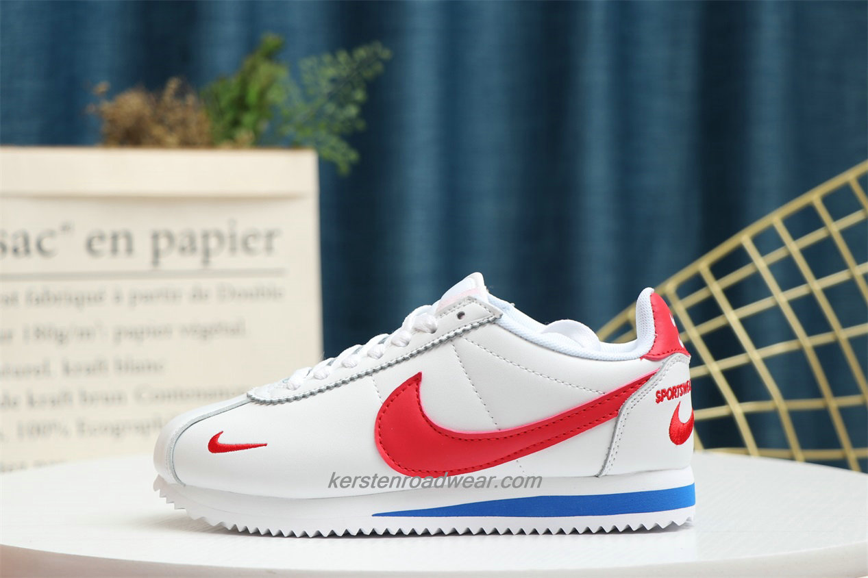 Nike Classic Cortez Unisex White / Red / Blue Running Shoes